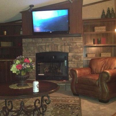 Rustle Hill Livingroom